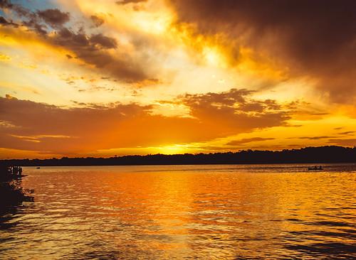 sunset rio uruguai