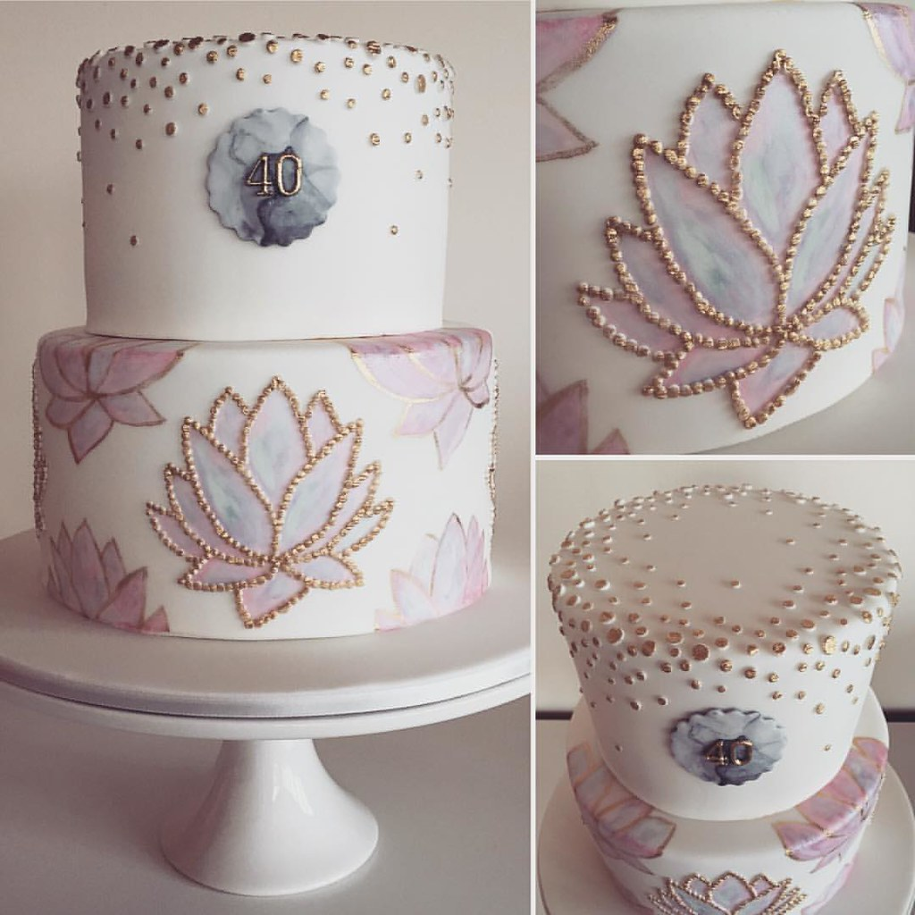I Made This Lotus Flower Cake For A Very Good Friend Who H Flickr