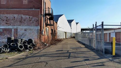 pittsburgh urban landscape urbanlandscape industrial alley stripdistrict streetscene road warehouse deserted tires