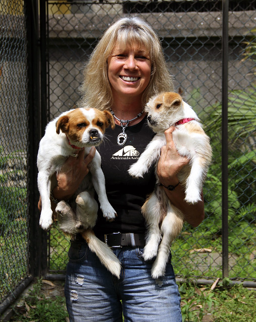 Lelly, Muddie and Animals Asia Founder and CEO Jill Robison (2)