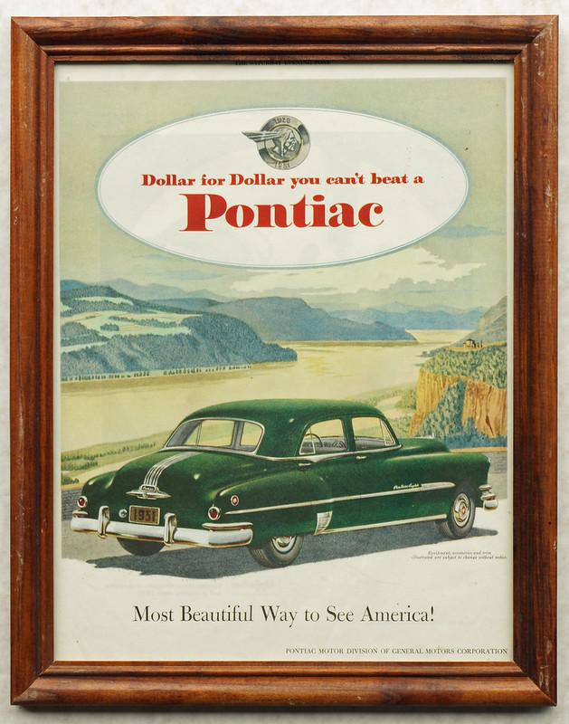 CM041 1951 Pontiac Car Ad Framed DSC04167
