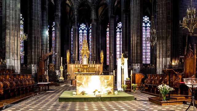 Cathédrale gothique Notre-Dame de l'Assomption à Clermont-Ferrand