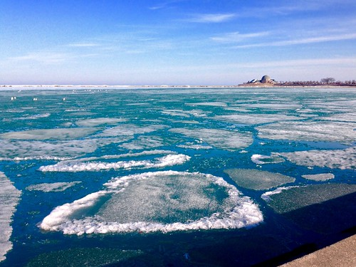 winter lake chicago ice day sunny lakemichigan lakeshore lakefront pw chiberia