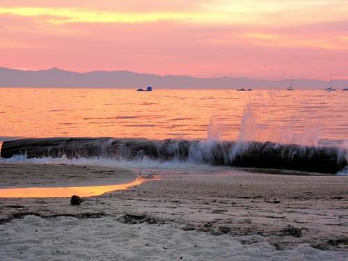 california sunset orange beach water fire log sand waves smoke laketahoe alpine joelach