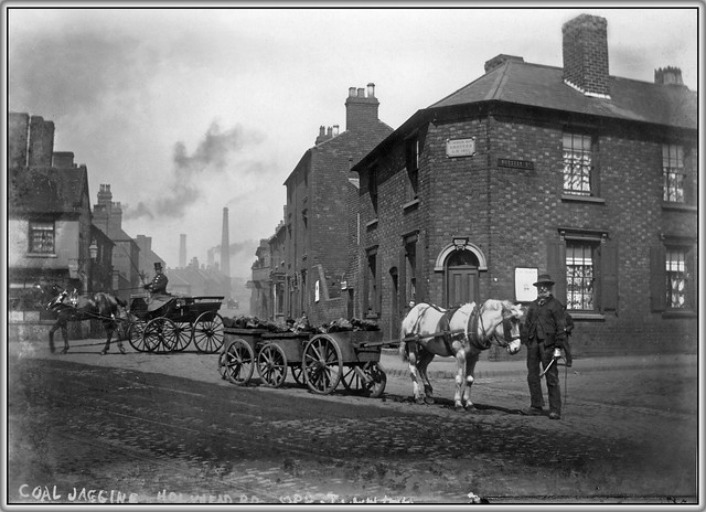 Coal Jagging in Russell Street Wednesbury 1908