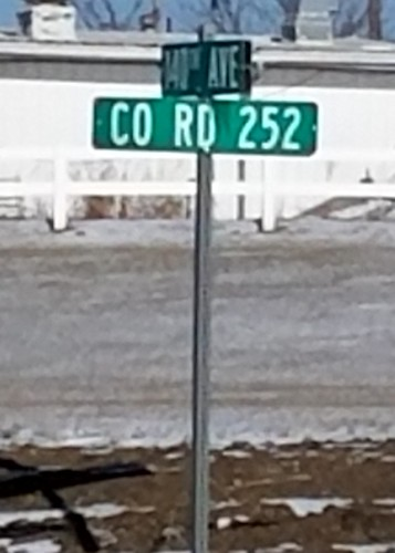 us61 countyroadg48 ia252 streetsign grandview louisacounty