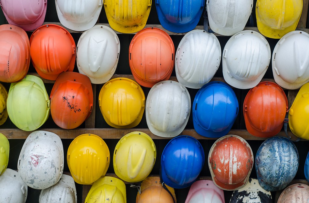 Collection of Construction Safety Helmet - Credit to http://homedust.com/