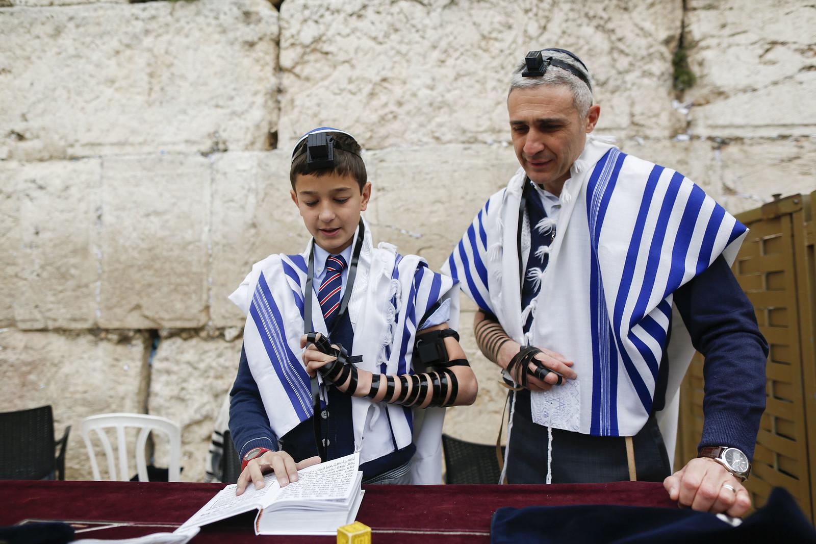 Bar Mitzvah 21_Jerusalem_Y9A9701_Yonatan Sindel_Flash 90_IMOT