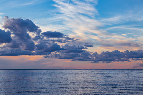 fatherhennepinstatepark isle millelacs millelacslake minnesota wahkon lake sunset unitedstates us