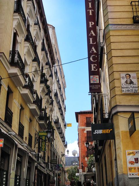 Calle del Marques Viudo de Pontejos