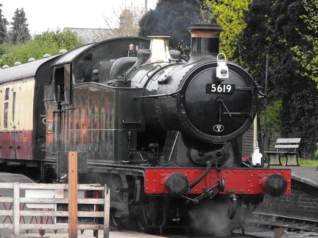 Gloucestershire-Warwickshire Railway - 5619 (1)
