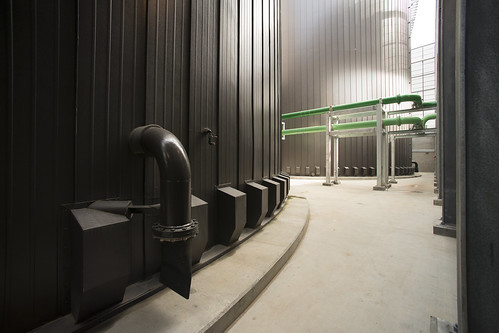 Thermal storage tanks