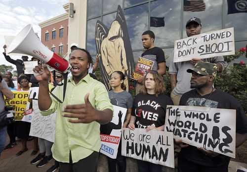 Acusan de asesinato al policía que mató a un negro en Carolina del Sur | by La Jornada San Luis