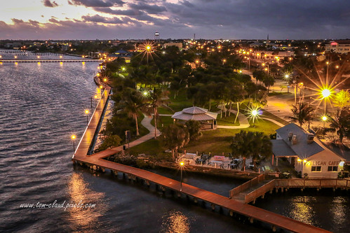 sun sunrise park flaglerpark lights sparkle rooseveltbridge bridge view stuart florida usa landscape outdoors outside