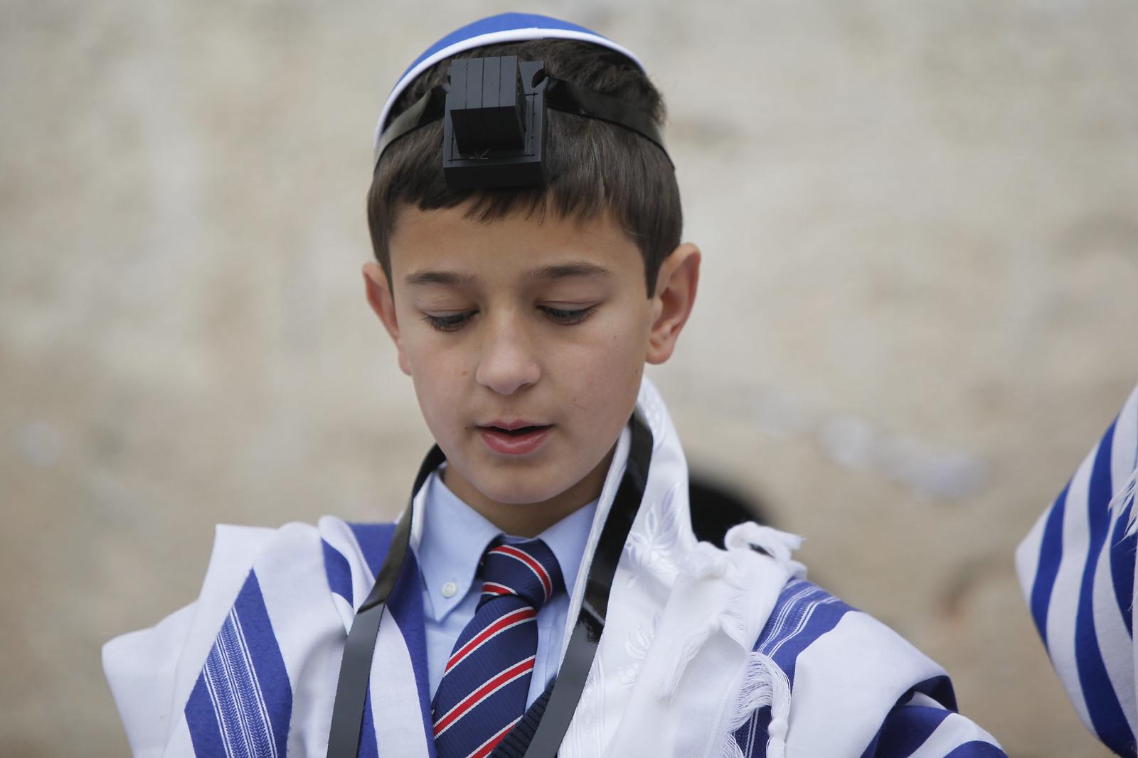 Bar Mitzvah 11_MG_9650_Yoantan Sindel_Flash 90_IMOT