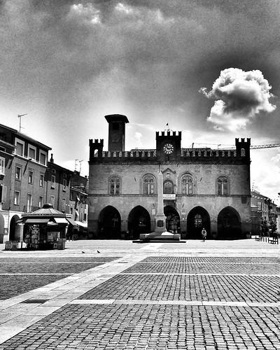 Afternoon in Fidenza  #travel #travelgram #trip #Fidenza #Italy #monochrome #blackandwhite #bw #day #life #light #beautiful #clouds #photooftheday #amazing #instalike #igers #picoftheday #instadaily #instafollow #followme #instagood #bestoftheday #instaco | by Mario De Carli