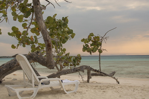 beach soleil cuba playa blau plage transat costaverde holguin