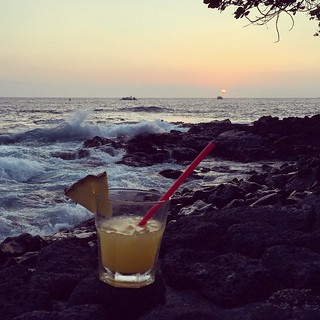 #kvphawaii On the rocks. Vodka with pineapple and orange juice at @RoyalKonaResort. NOM | by queenkv