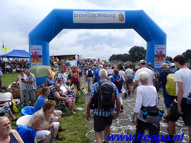 2016-07-22   4e     dag Nijmegen      40 Km   (120)