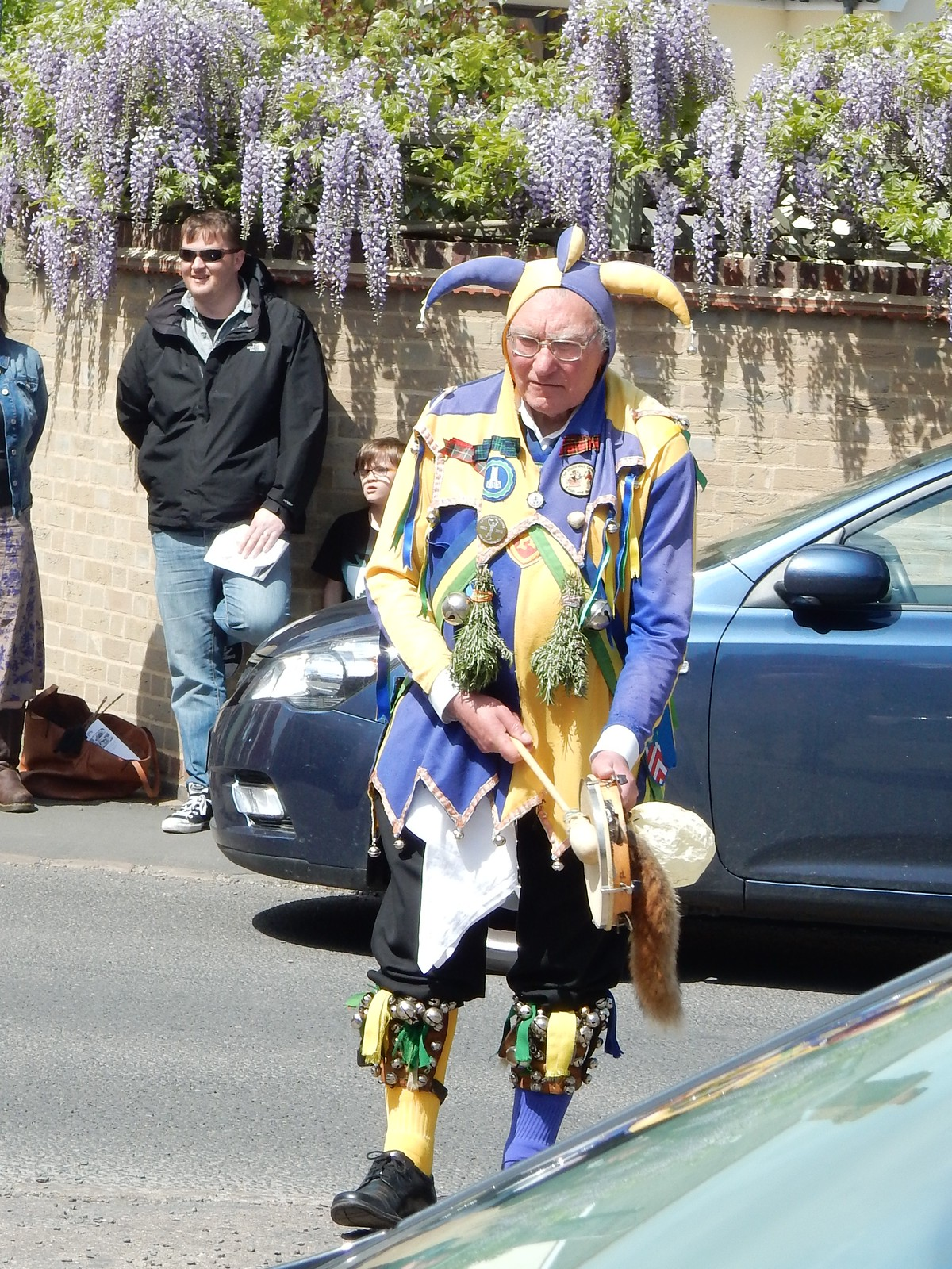 Man with odd socks Letchworth Morris, Baldock Circular