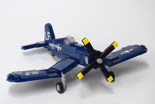 Vought F4U4 Corsair (1)