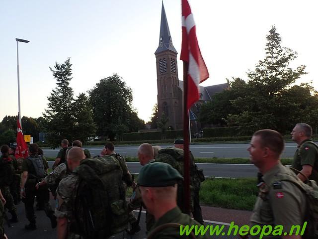 2016-07-19   1e dag Nijmegen    40 Km (14)