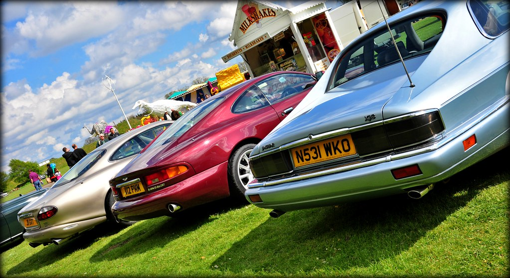 Jaguar Xjs Celebration Aston Martin Db7 Jaguar Xk8 Flickr