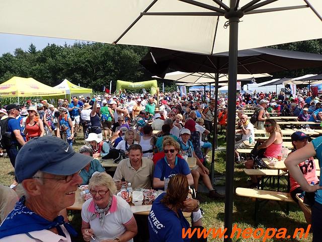 2016-07-21   3e  dag Nijmegen   40 Km  (133)