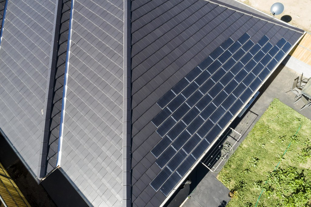 Bristile Solar Roof Tiles - Mirvac Project, Gledswood NSW (13)