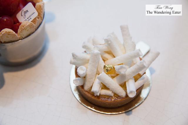 Lemon meringue tart (individual size)