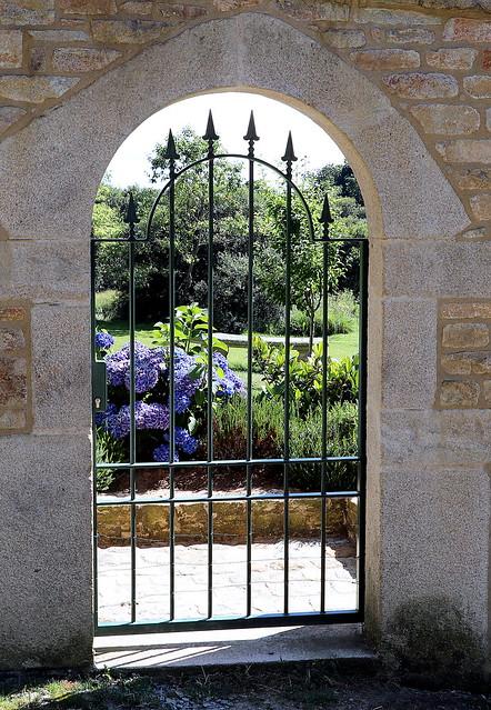 Bucolic gate