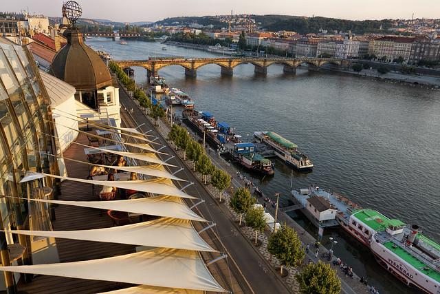 Am Ufer der Moldau - Prag, Tschechien