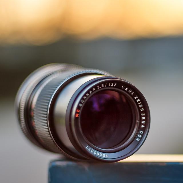 Carl Zeiss Jena Sonnar 135mm ƒ/3.5 red MC
