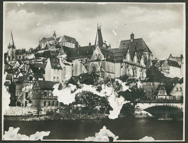 Archiv V008 Panorama mit Universität, Marburg, 1920er
