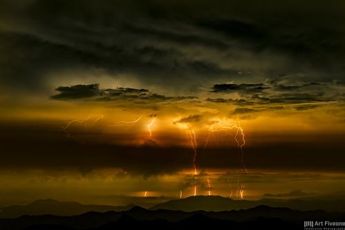 thunder nightshot nightview ino kochi japan kamegamori landscape nightscape 夜景 瓶ヶ森 風景 雷 稲妻 雲 空 日本 いの町 raijin 雷神