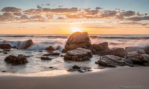 sunset sky seascape colour beach water sunshine clouds landscape rocks waves outdoor dusk south australian australia spray rays splash osullivans nikkor1855mmlens nikond7100