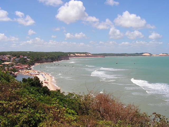 Restinga, praia e tabuleiro