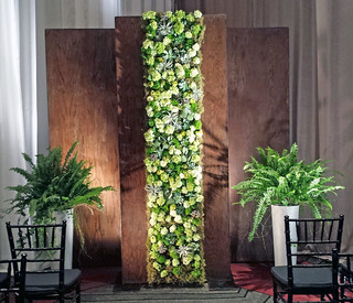 Textural Wall - Design by Josef Reiter, Botanica Floral Design | by Flower Factor