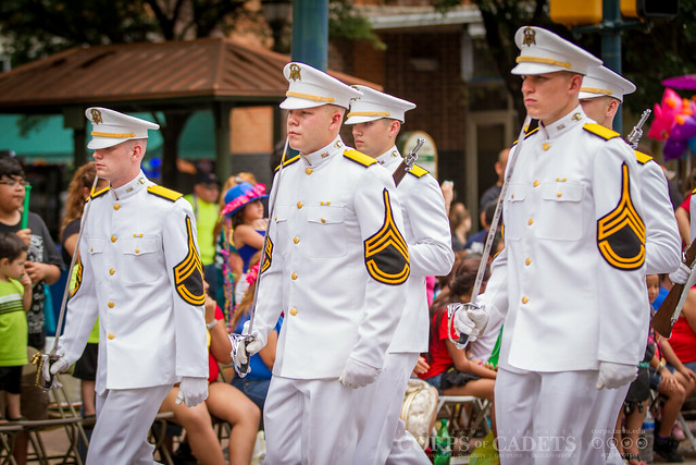 2015 Battle of Flowers Parade