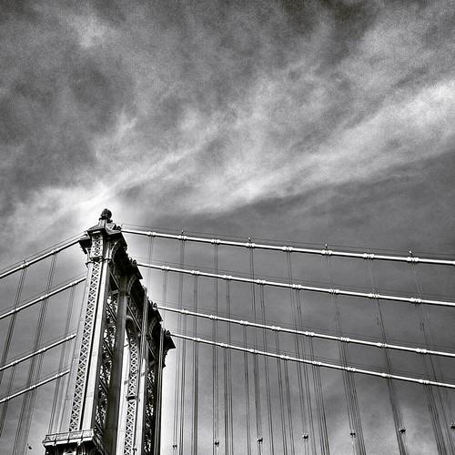 Manhattan Bridge  #Newyork #nyc #newyorkcity #manhattan #Photo #Photography #Travel #travelgram #trip #iloveny #ilovenyc #newyorkphoto #instacool #instanewyork #mynyc #bigapple #Architecture #archilovers #thebigapple #colorful #igers #newyorknewyork #narc | by Mario De Carli