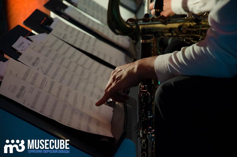 Большой джазовый оркестр-050