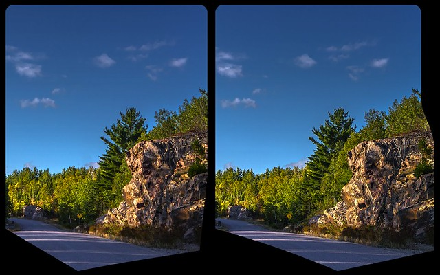 Mississagi road 3-D / CrossView / Stereoscopy / HDRaw