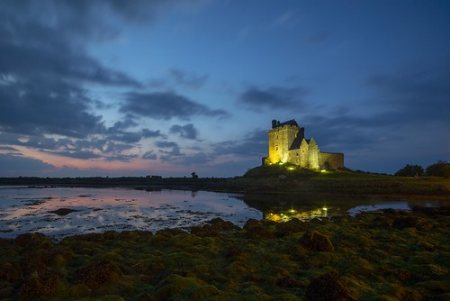 dunguaire castle ireland kinvara bluehour galway