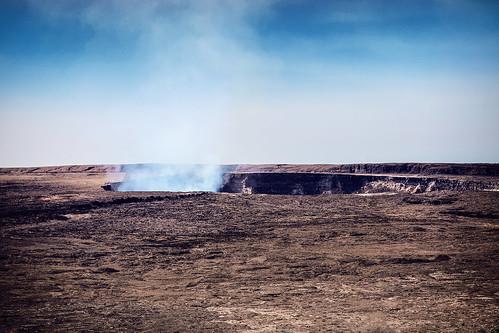 hawaii hawaiivolcanoesnationalpark volcanicgases active volcano lavalake overlookcrater halema'uma'u kīlaueassummitcrater pele eruption volcanohouse wyojones np