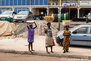 Kumasi vendors | by 10b travelling / Carsten ten Brink