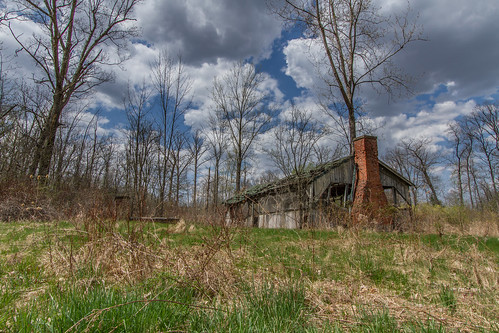 trees usa ny newyork abandoned nature overgrown grass sunshine clouds landscape outside outdoors spring woods day hiking scenic creepy adventure worn daytime nys westernnewyork wny groveland livingstoncounty mtmorris dandangler sonyeastateforest westsparta partylycloudy