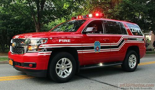 Pleasantville NY FD Car 2372 Photo