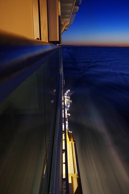 Surcando el mar a toda maquina