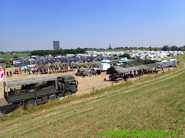 2016-07-19   1e dag Nijmegen    40 Km (121)