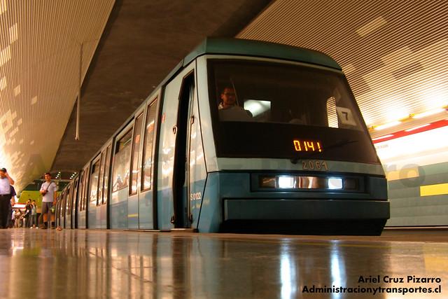 Metro de Santiago - Alstom NS93 N2061 - Los Domínicos (Línea 1)